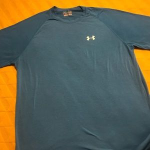 Under Armour tee shirt size large